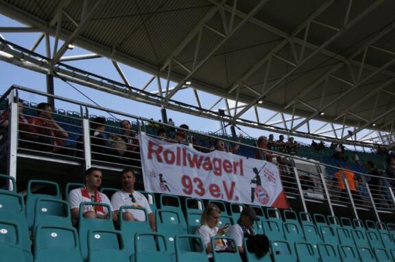 Rollwagerl-Banner im Leipzig Stadion