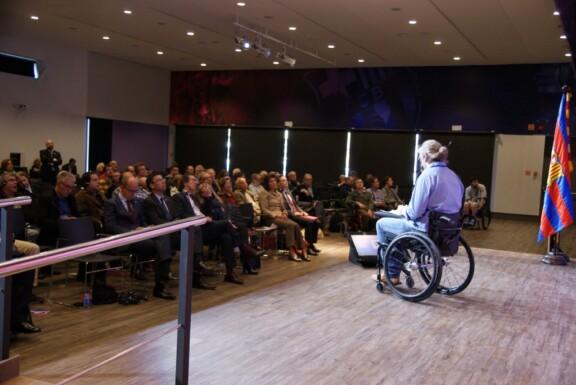 Vortrag über die barrierefrei Allianz Arena beim FC Barcelona;